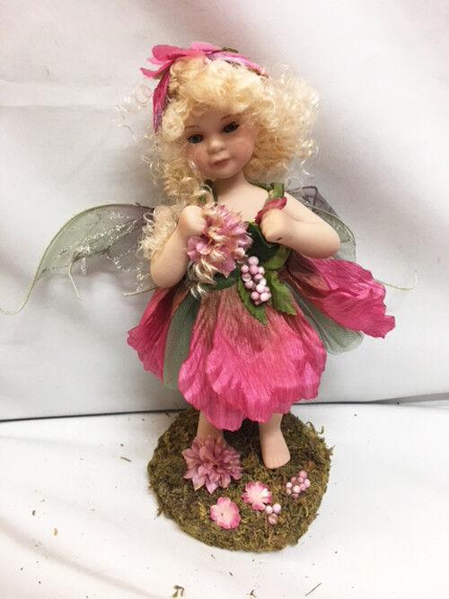 consegna e reso gratuiti Nuovo In scatola DAHLIA DAHLIA DAHLIA FAIRY tutti Porcelain bambola with Grass Forest Ste  il più recente