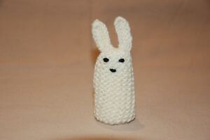 Rabbit-Finger-Puppet-Knitted-Bunny-Hand-made-100-Charity