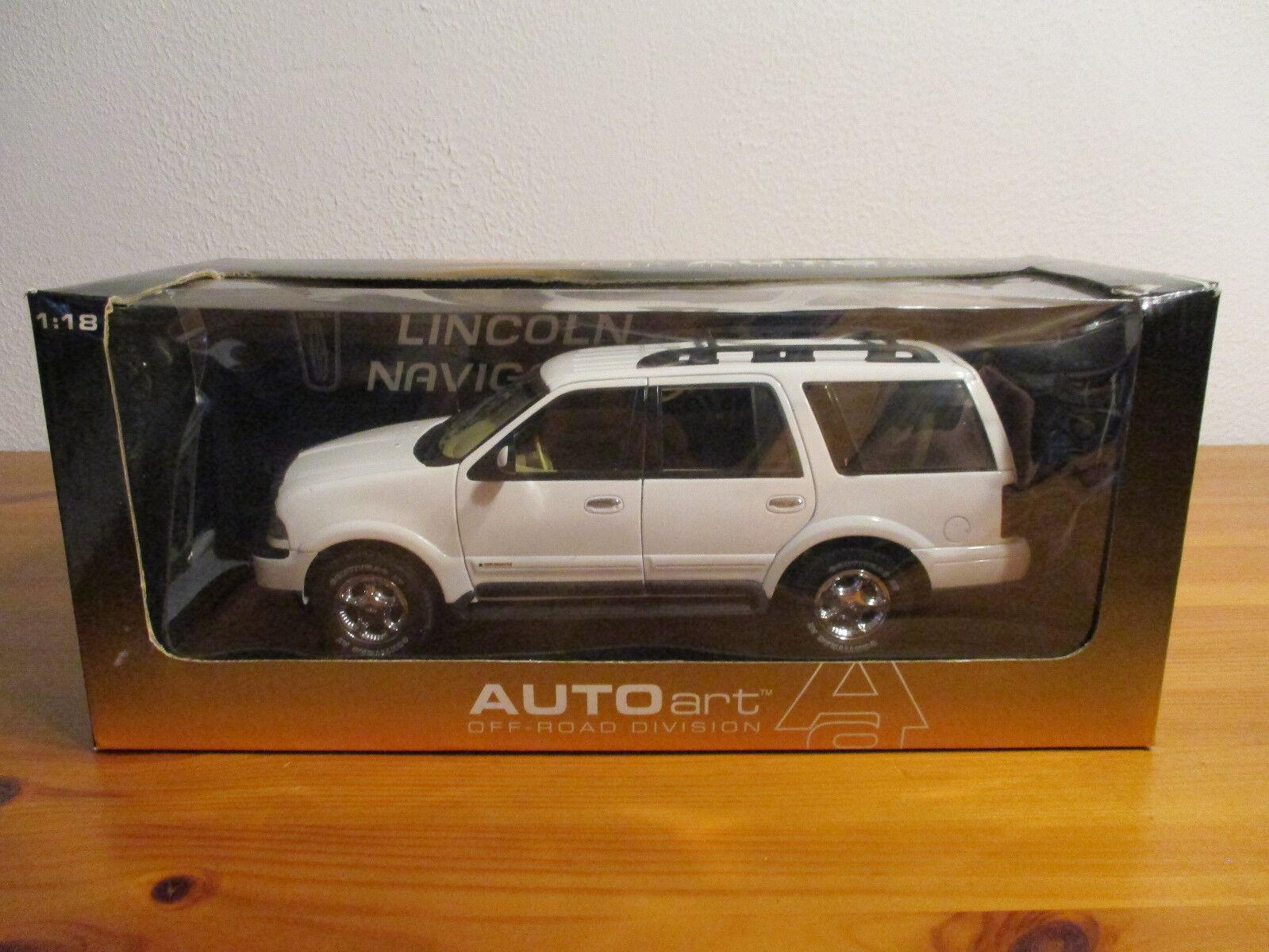 (Gor) 1 18 AutoArt Ford Lincoln Navigator NIP