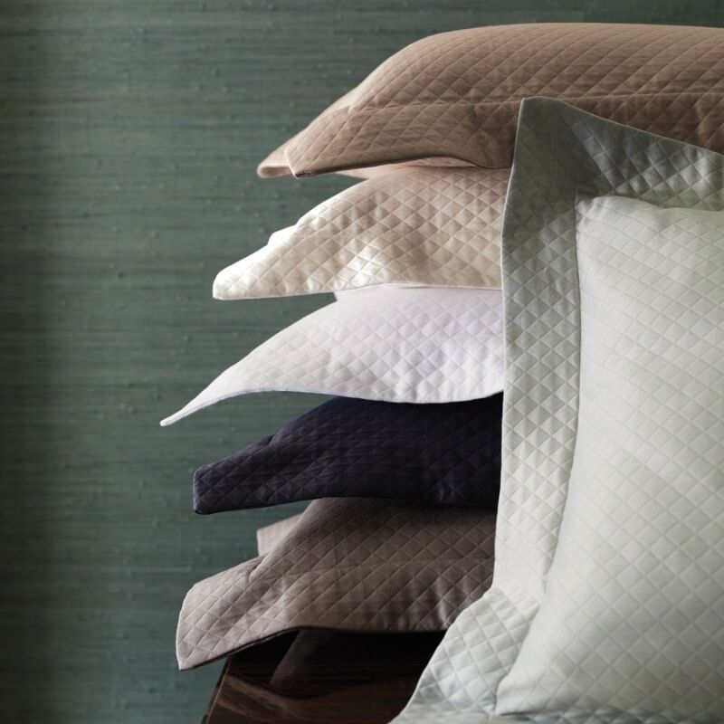 Sferra Fine Linens Bari Queen Matelassé Coverlet & Shams, Ivory