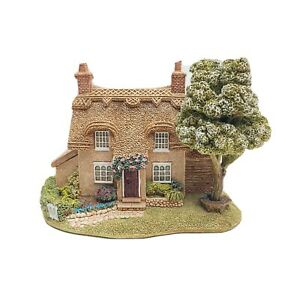 Cherry-Blossom-Cottage-Lilliput-Lane-Boxed