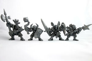 Knights-4-Fantasy-Plastic-Toy-Soldiers-from-Russia-54mm-Oritet-RARE