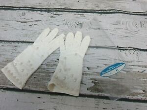VINTAGE-Size-6-Womens-LISA-PENDA-White-Beaded-Wedding-Gloves-EXCELLENT-CONDITION