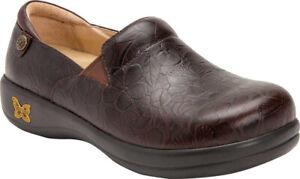Alegria Women/'s Keli Professional Slip On Shoes in Flutter Choco