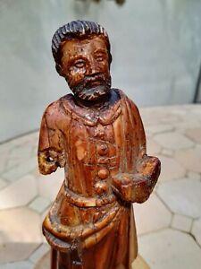 Saint-personnage-sculpte-en-ronde-bosse-18eme