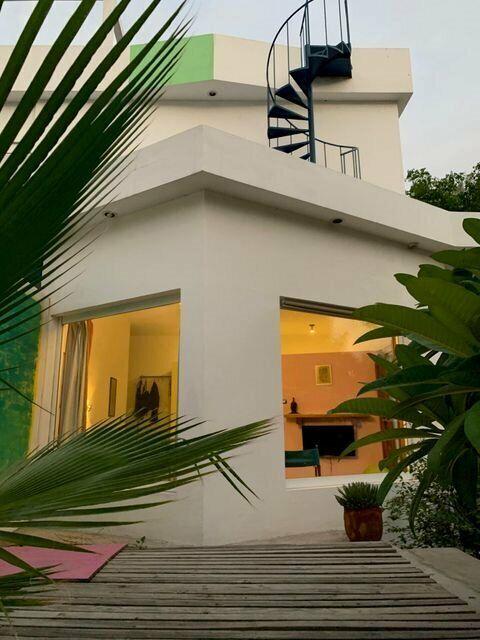 Casa Plumeria 100 mt del Malecon