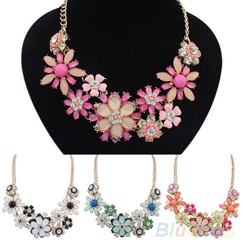 Luxury Womens Cute Flowers Crystal Bib Statement Clavicle Necklace Chain Pendant