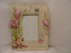 Contemporary-Gray-Tabletop-Crocus-Picture-Frame-3-D-Floral-5-5-x-3-5-034-Opening