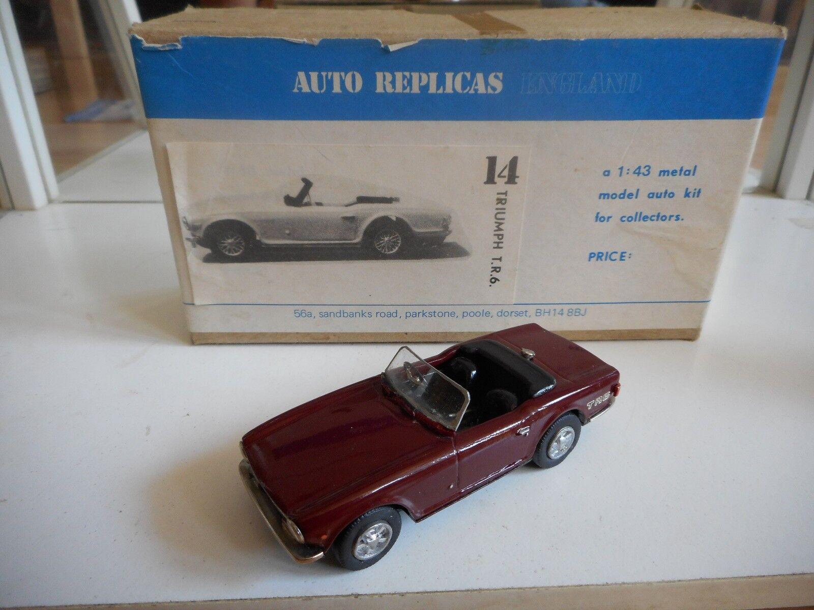 Hand built Model Auto Replicas Triumph TR6 in rouge on 1 43 in Box