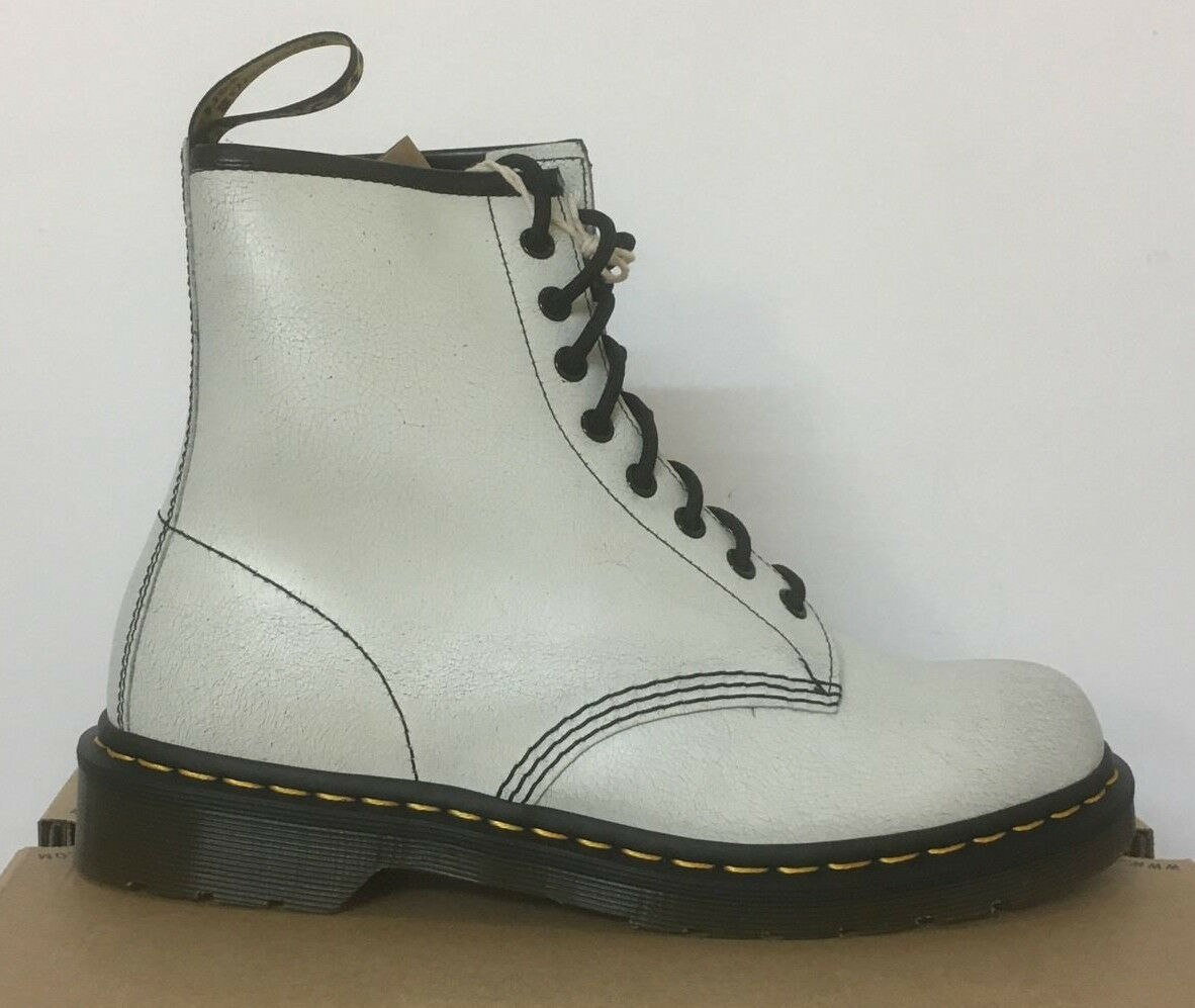 DR. MARTENS 1460  Weiß + BLACK  Stiefel CRSTAL SUEDE LEATHER  Stiefel  SIZE UK 3 9174c2