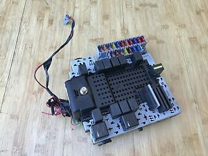 VOLVO XC90 T6 OEM 2.9L REAR TRUNK RELAY POWER TERMINAL PANEL FUSE ...