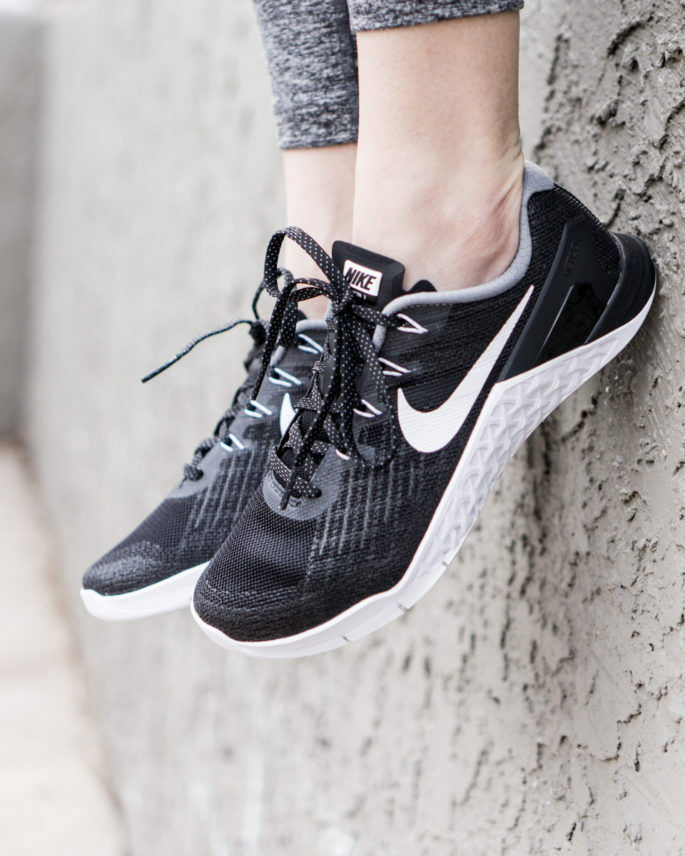 Mujeres Nike Nike Nike Metcon 3 tamaño 6.5 EUR 40.5 (849807 001) Negro blancoo  bienvenido a orden