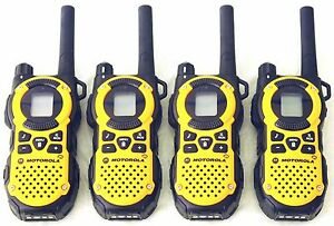 USED-4-Motorola-MT350AA-Walkie-Talkie-FRS-GMRS-2Way-Radios-Weather-VibraCall-Bag