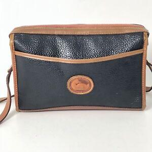 Vintage-Classic-Dooney-amp-Bourke-Navy-amp-Brown-Pebbled-Leather-Shoulder-Bag-Purse