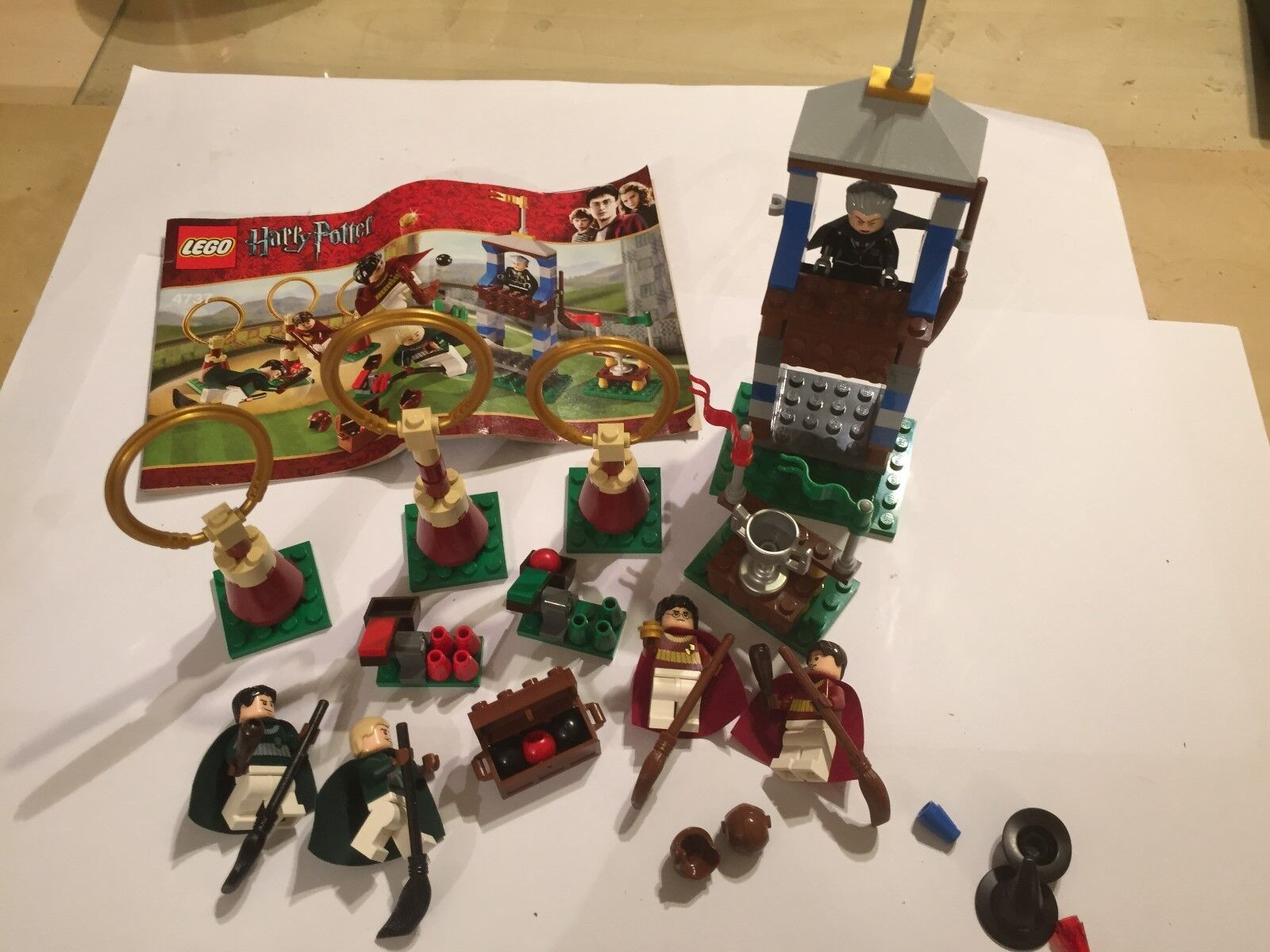 LEGO HARRY POTTER Quidditch PLAY SET Inc MINIFIGURES INSTRUCTIONS & EXTRA 4737