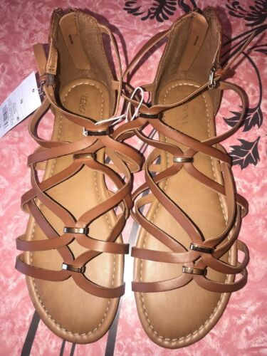 MERONA ~ NWT Women/'s Brown Gold Flat Sandals Cognac Elani ~ 10