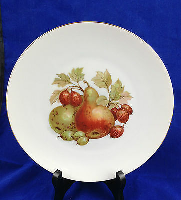 Bareuther Waldsassen Bavaria Germany fruited porcelain luncheon plate pears figs