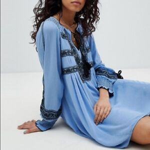 148-Free-People-034-Wind-Willow-034-Blue-River-Skies-Embroidered-Peasant-Dress-M-NWT