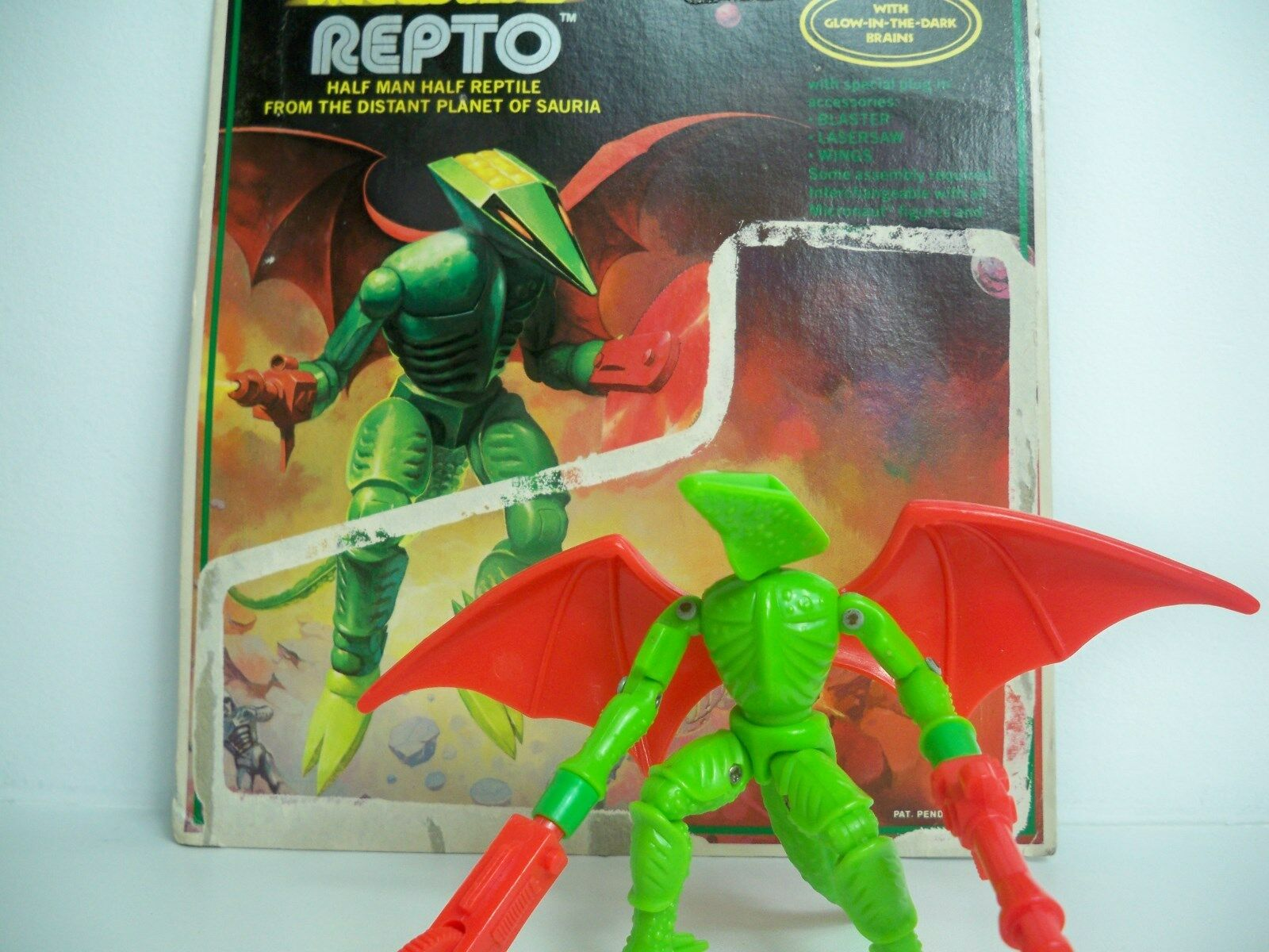 D0505265 REPTO ALIEN MICRONAUTS 1979 LOOSE W/ CARD MEGO 100% COMPLETE