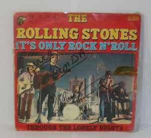 ROLLING-STONES-It-s-Only-Rock-N-Roll-Vinyl-45-Tours-Vinyl-RS-19114-1974
