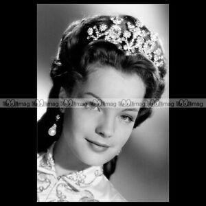 phs-015629-Photo-ROMY-SCHNEIDER-SISSI-IMPERATRICE-1956