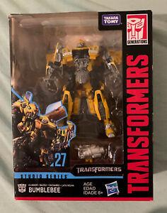 In-Hand Hasbro Transformers Studio Series Deluxe Movie Bumblebee Action Figure