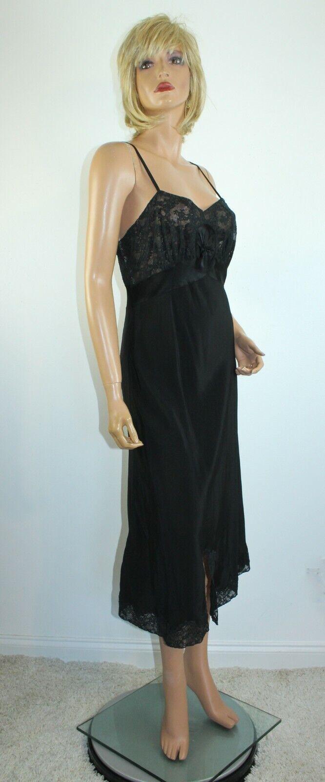 Vintage 1940's NAT LEWIS Black Silky Rayon Lace T… - image 6