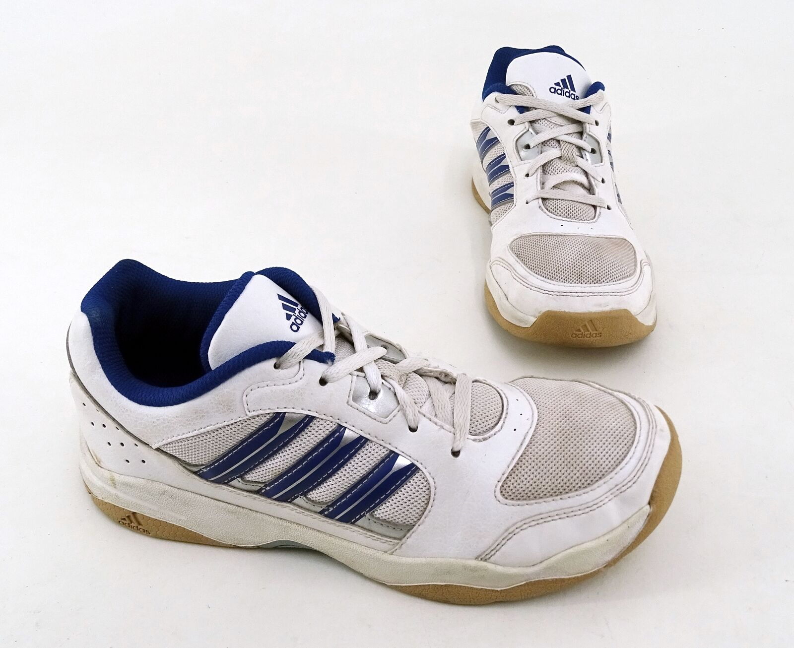 Basket Adidas Lacets Basses Indoor Cuir Synthétique Textile Blanc Taille 4,5 = 37 1/3