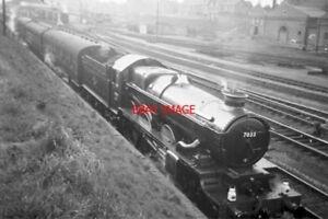PHOTO-GWR-LOCO-NO-7033-NO-1-LOOP-AT-NEWBURY-EAST-ON-RACE-EXCURSION-1962