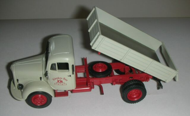 439350001 Minichamps, Mercedes-Benz L3500 Tipper Truck 1:43