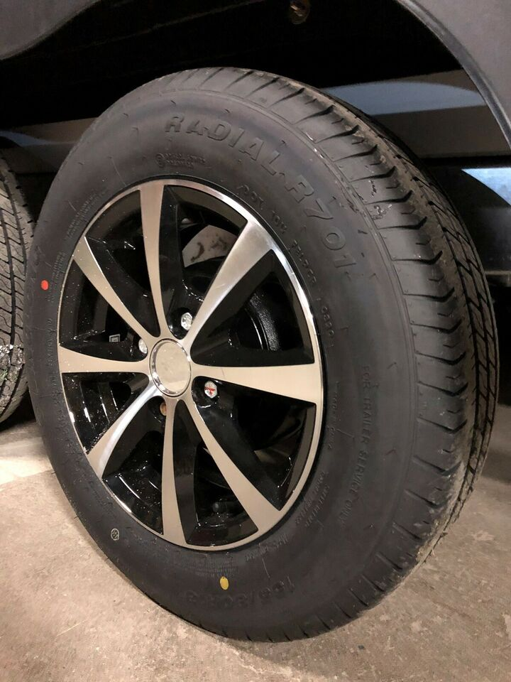 Tilbehør, Nye alufælg med nye dæk Alle 4X100, ET30