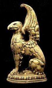 Gryphon Griffin Statue Sculpture Eagle Lion Myth 15011