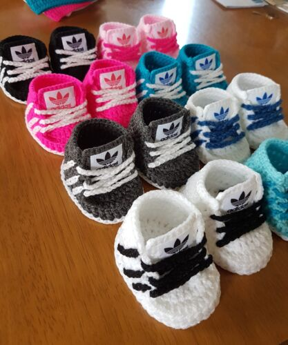 Handmade crochet baby shoes for baby girls boys from 0-3month READ DESCRIPTION