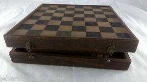 Ancienne Boite De Jeux. Old Game Box
