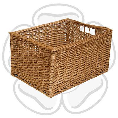 JVL Multi-Purpose Willow Storage Basket with Handles, 27 x 36 x 19 cm