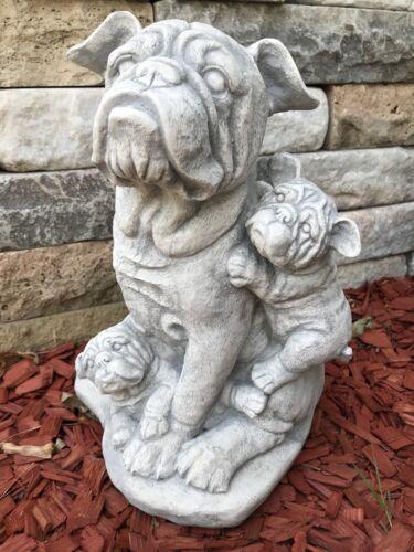 Dogge Mit Baby's Gartendeko aus Steinguss frostsicher