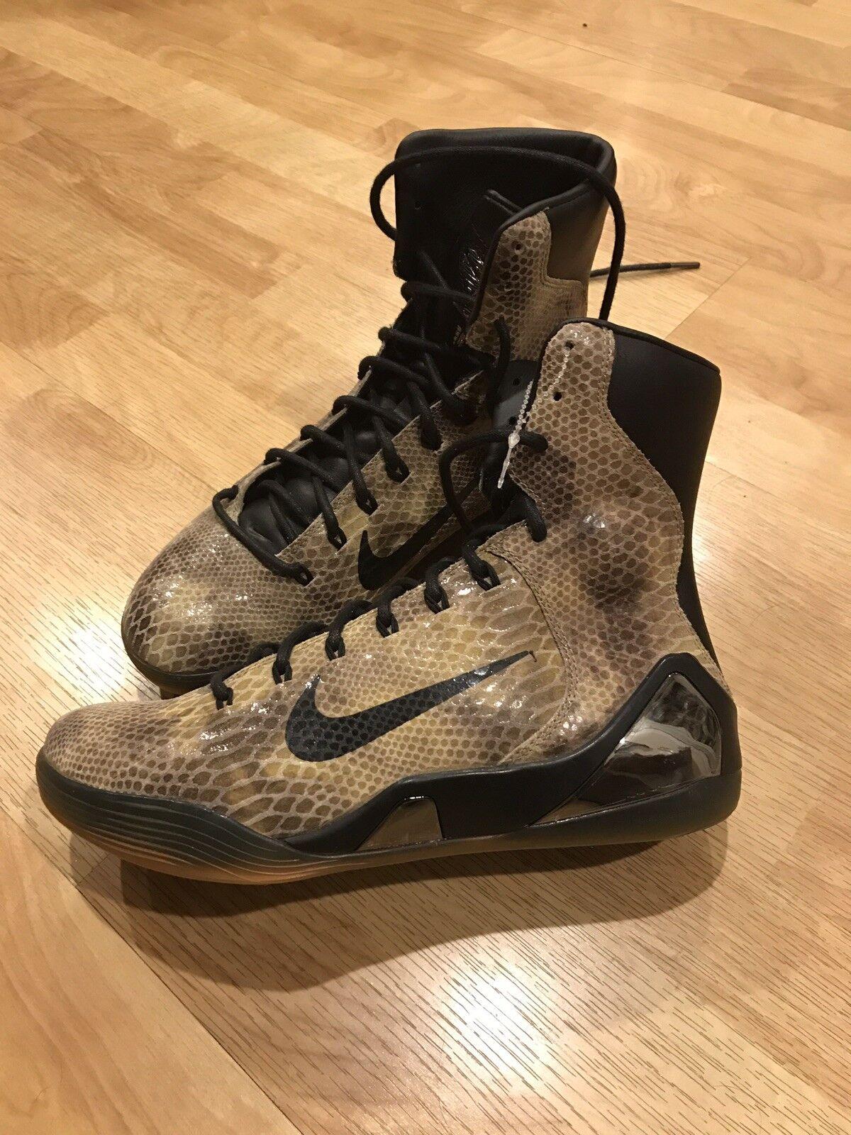 Nike Kobe Men's Basketball shoes IX 9 High EXT QS Size 9.5 Snakeskin 716616-001