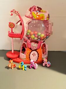 My-Little-Pony-Hasbro-Sweetie-Belles-Gumball-House-2008-Dollhouse-and-4-Ponies