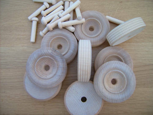 axles 8x Wooden toy wheels Truck wheels 44mm 1 3//4/""