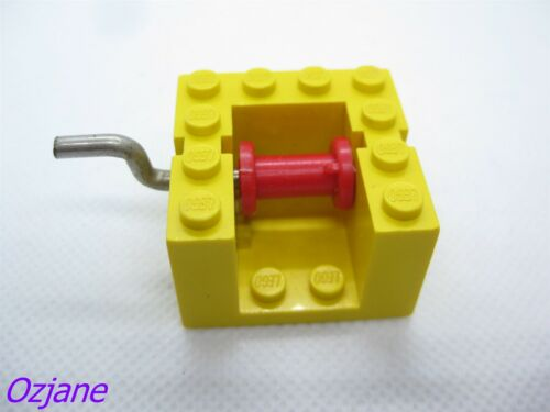 LEGO PART BB67 STRING REEL WINCH 4 X 4 X 2 WITH METAL HANDLE YELLOW