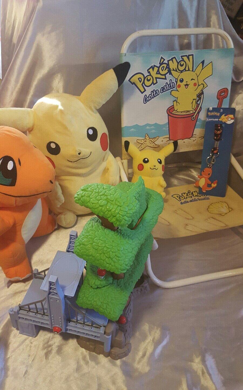 Pokemon Masse Pikachu beach chair foldable backVerpackungs plush lanyard play set