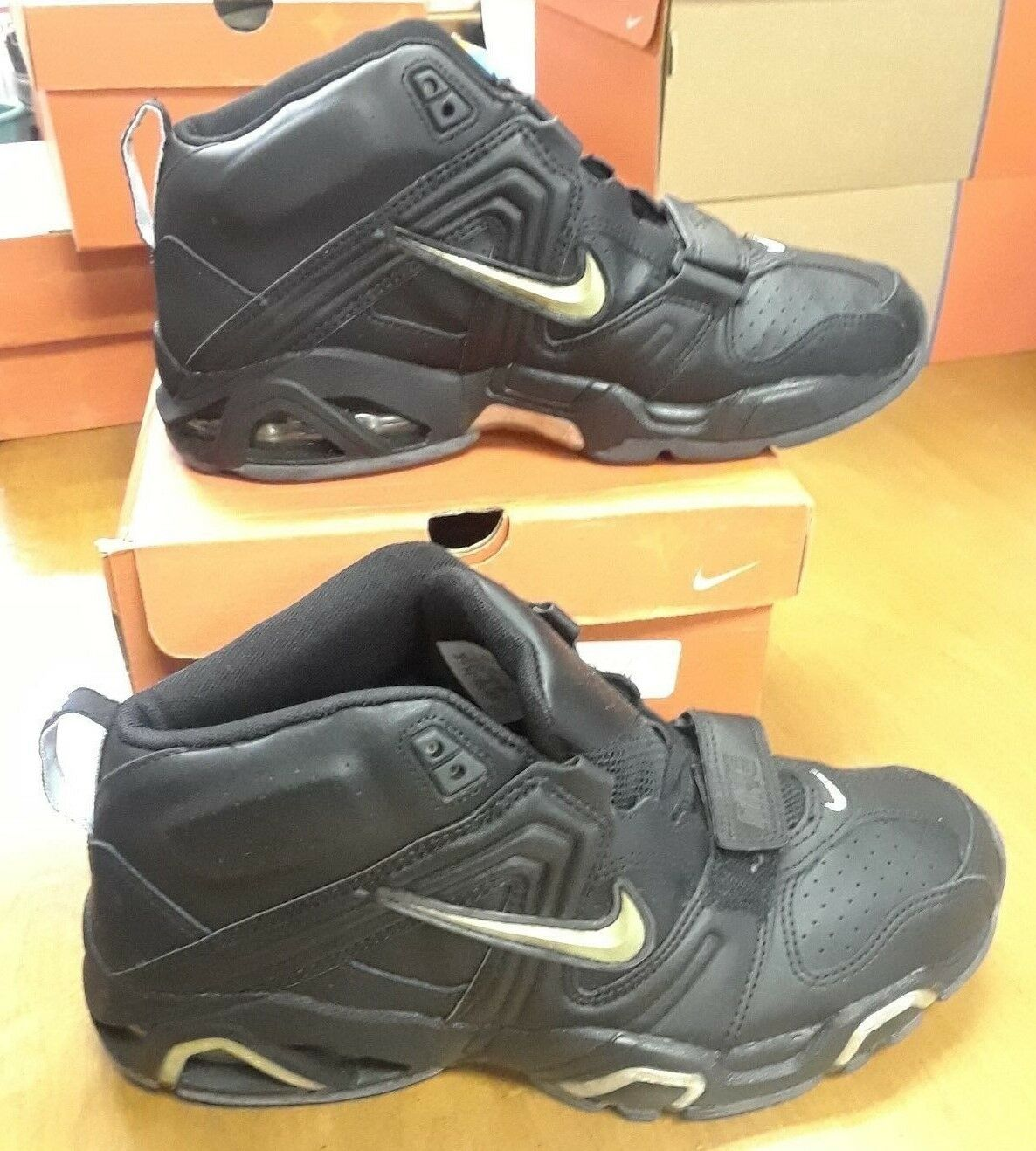 Nike Air Trainer ST   307704-001   Mens size 9.5