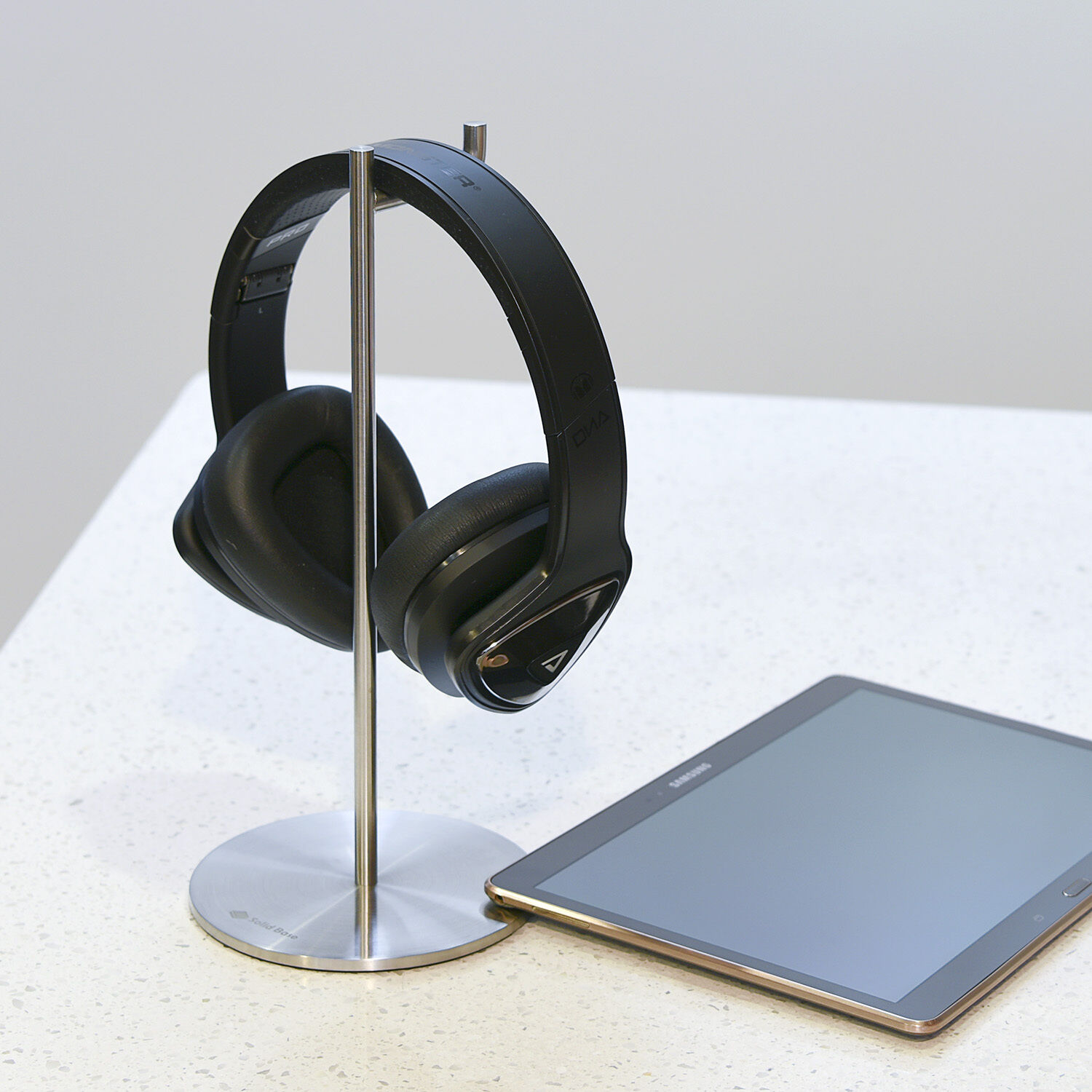 how to make a headset stand