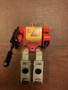 Vintage 1984 Transformers Takara Hasbro G1 Blaster Autobot Boombox Figure