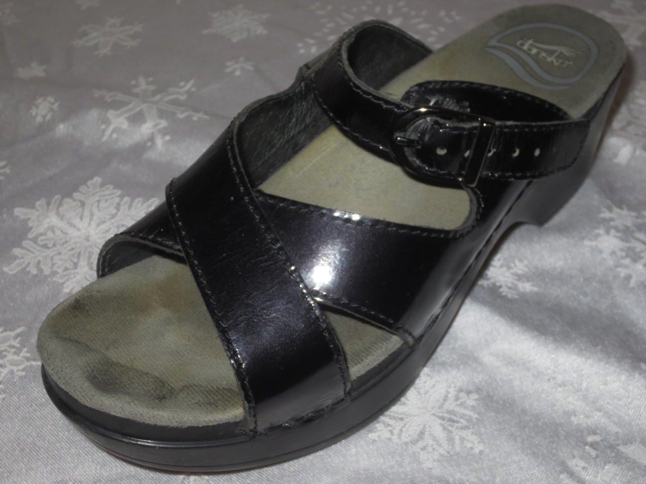 DANSKO Damenschuhe BLACK PATENT Sandales LEATHER Strappy MULES Sandales PATENT Schuhes Slides Clogs 36 6 98b2df