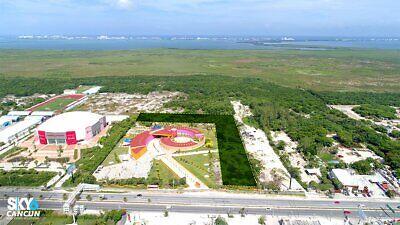 Macro Terreno en Renta sobre el Blvd Colosio en Cancun