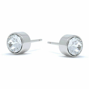 Small-Stud-Earrings-with-White-Clear-Round-Crystals-from-Swarovski-Rhodium
