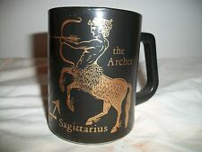 FEDERAL GLASS ZODIAC COFFEE MUGS THE ARCHER SAGITTARIUS BLACK AND GOLD
