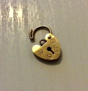 Good-Vintage-Full-Hallmarked-9-Carat-Gold-Padlock-Fastener