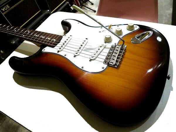 Fender Japan 1993-1994 ST62 3TS Japan rare beautiful vintage popular EMS F   S
